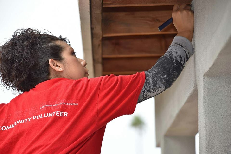 BofA Women Volunteer with HFHCAZ